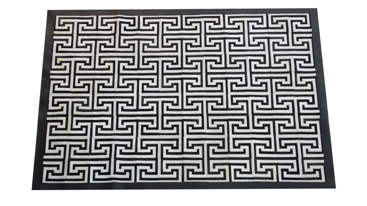 Black and White Cowhide Rug - Inca design - NC17